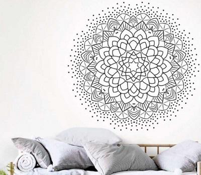 Decora tus paredes con vinilos mandalas