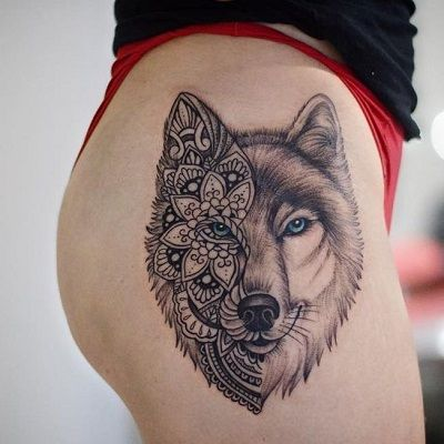 tatuaje de lobo con mandala