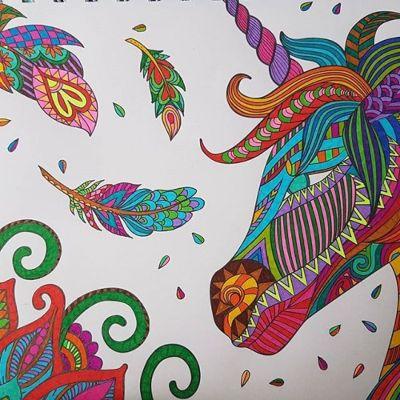 mandalas de unicornios coloreados