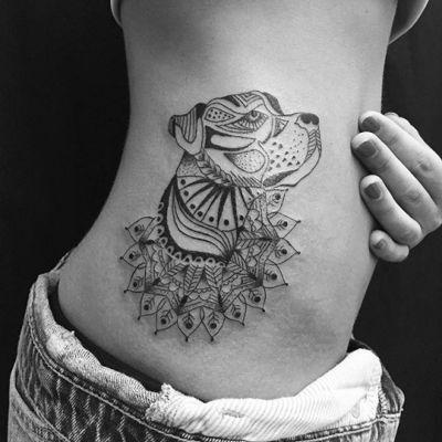tatuaje perro mandala