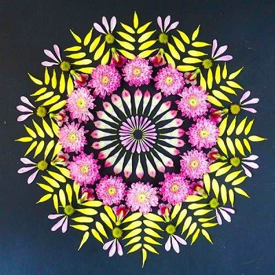 Mandalas con flores a color