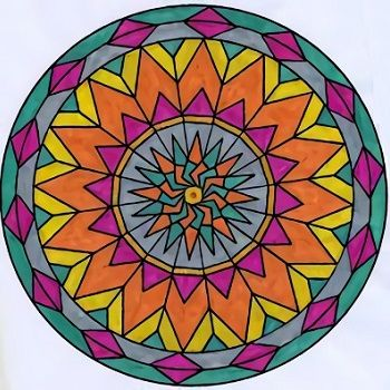 mandala coloreada a mano