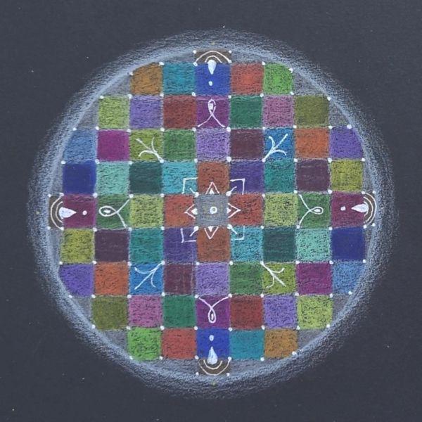 mandala coloreada simbolos
